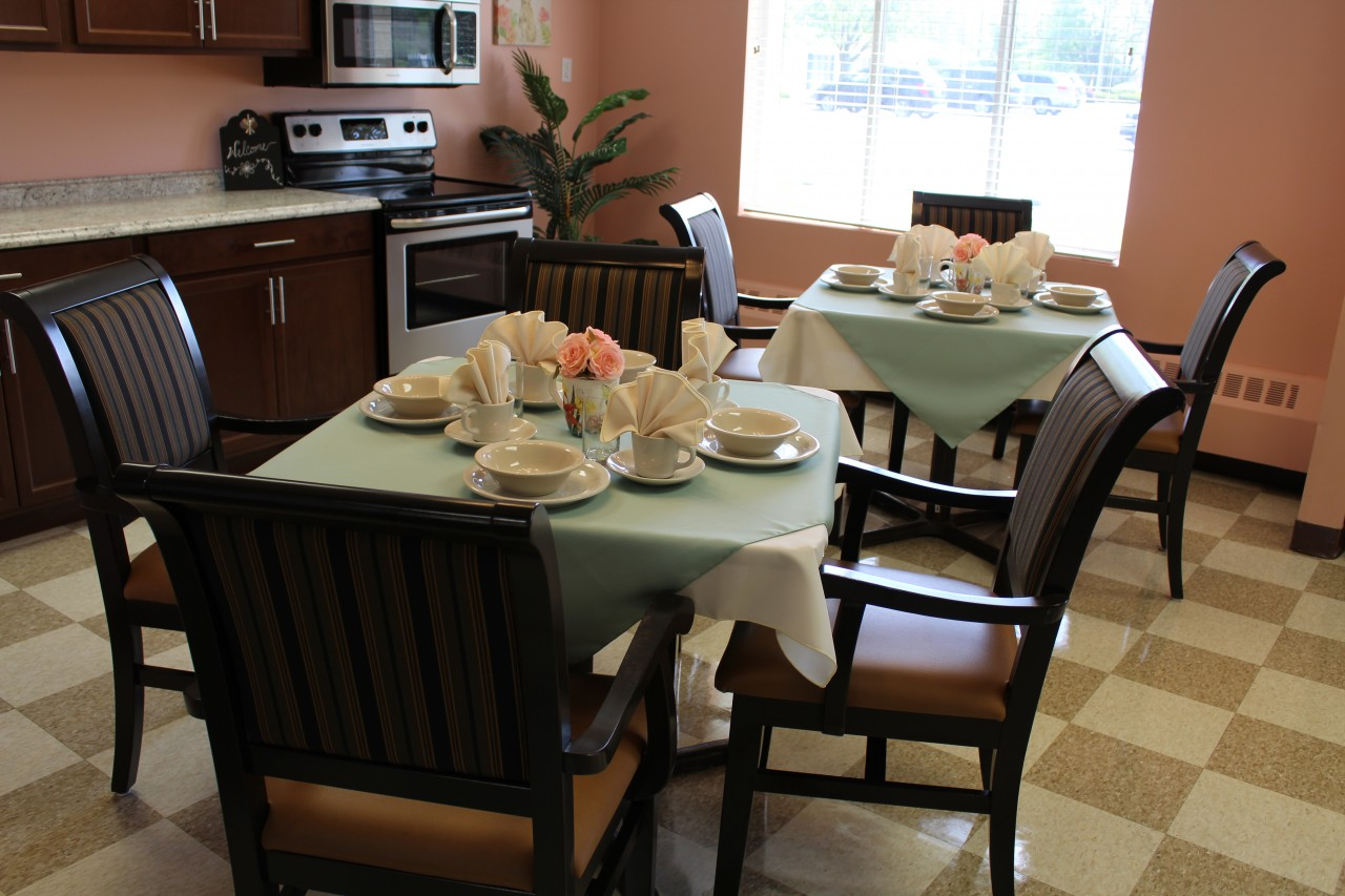 Memory care unit dining room